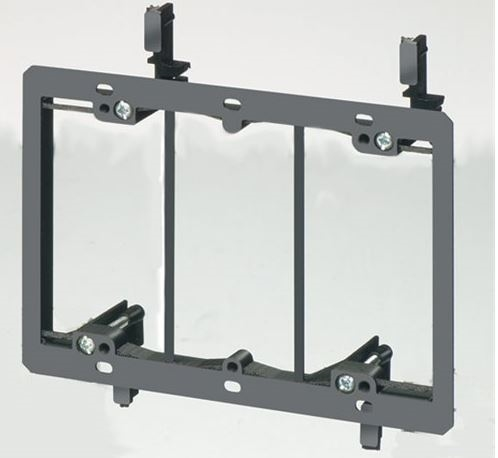 Vanco Pvc Low Voltage Mounting Bracket 3 Gang Lv3